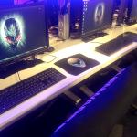国内屈指のオンラインゲームプレイ施設 『アイ・カフェAKIBA PLACE』にビットフェローズキーボード試遊台を常設